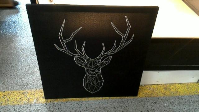 cadre cerf tissu d 39 occasion. Black Bedroom Furniture Sets. Home Design Ideas
